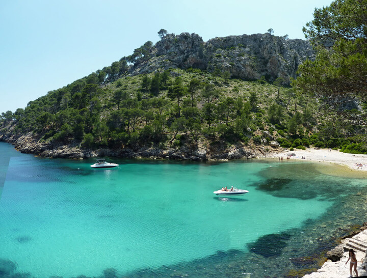 fishingtripmajorca.co.uk boat trips to Cala Murta in Majorca