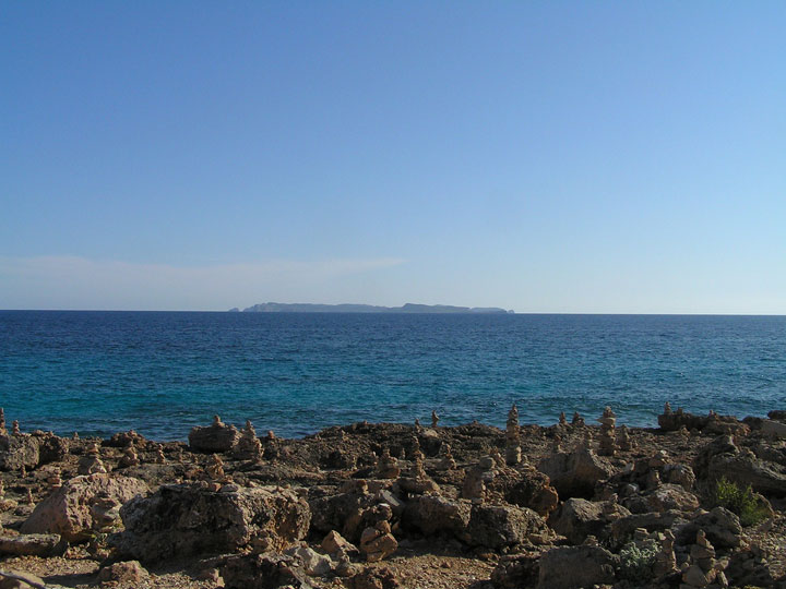 fishingtripmajorca.co.uk boat tours to Cap Ses Salines Majorca