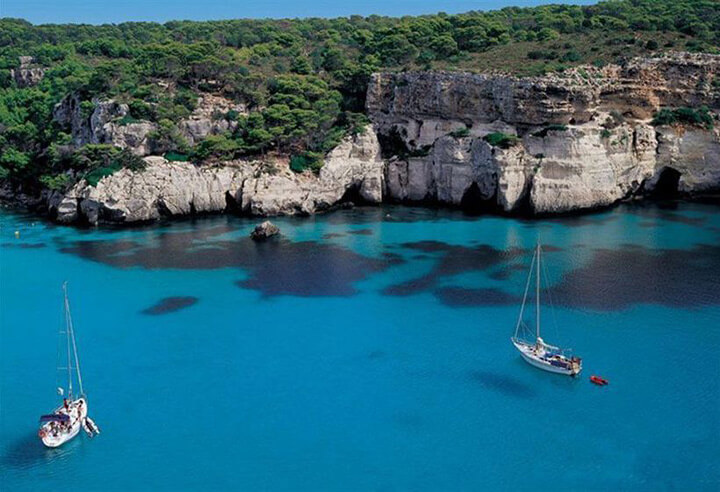 fishingtripmajorca.co.uk boat trips to Mondragó in Majorca